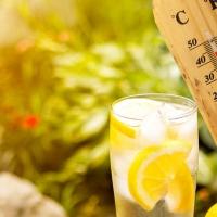 10 modi per restare freschi risparmiando in bolletta